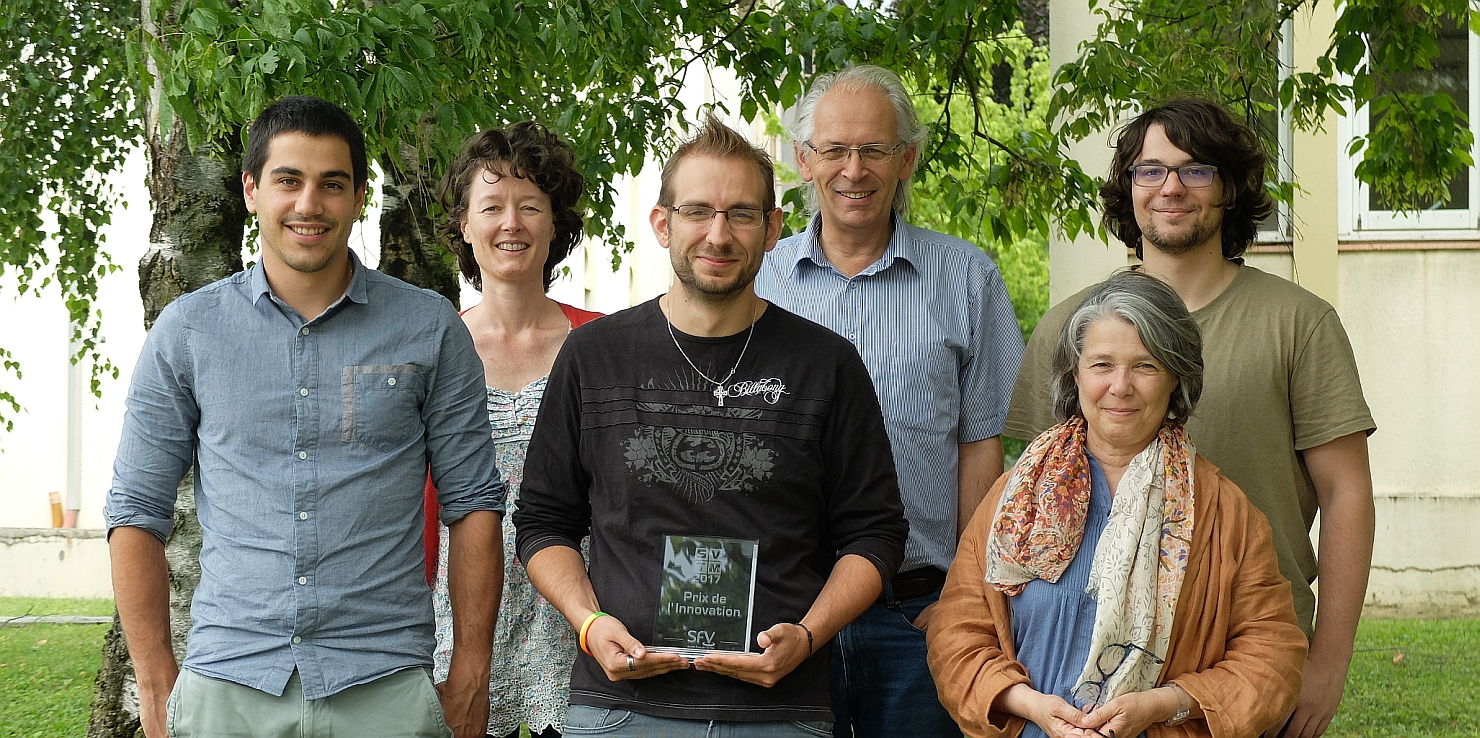Photo of the Polygon Physics Team with the SFV Innovation Award 2017